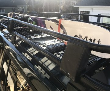 Skis in an ARB roof / safari rack