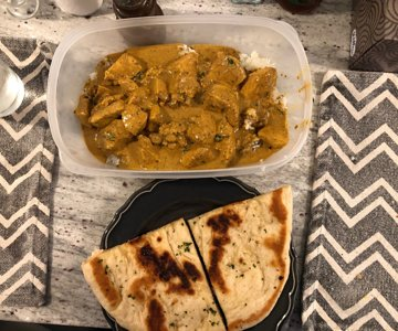 Curry and naan.jpg
