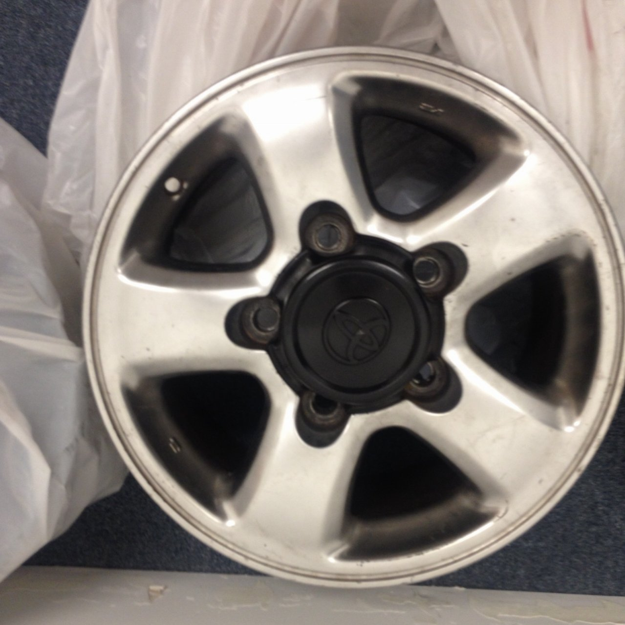 100 Wheel OEM not Painted